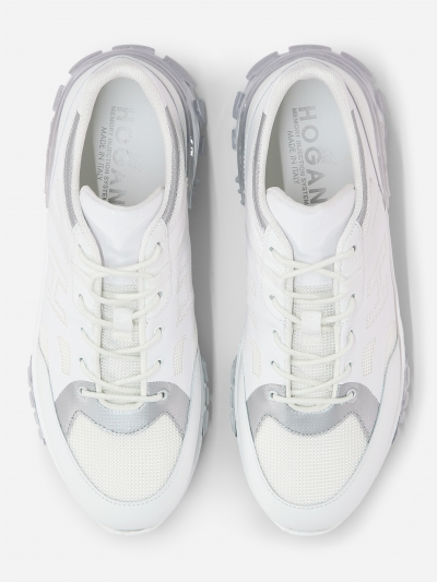 Low-top 'Urban Trek' sneaker